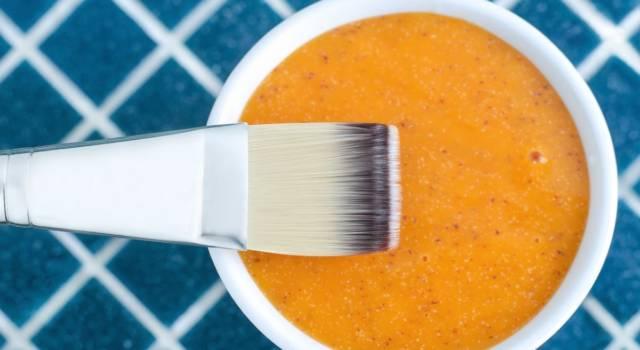 Maschera alla carota: 5 ricette per la bellezza di viso e capelli
