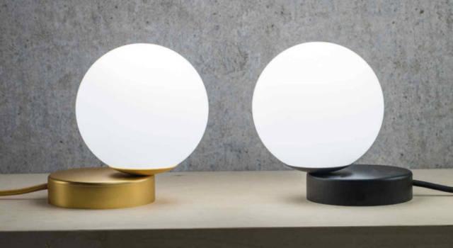 Migliora l'illuminazione di casa con le lampade da tavolo