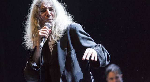 Autrice, poetessa e musicista: tutte le curiosità sulla straordinaria Patti Smith!