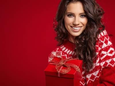 Le idee più belle per gli outfit della vigilia di Natale