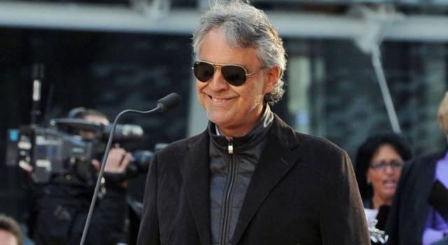 """Andrea Bocelli fa un passo indietro: """"Chiedo scusa, le mie intenzioni erano altre"""""""