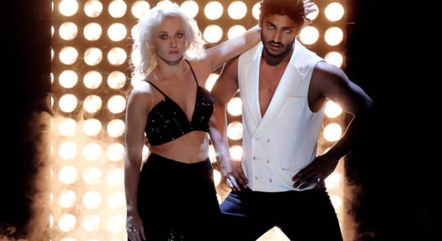 Il suo compagno è un ballerino gelosissimo di Osvaldo: ecco chi è Veera Kinnunen