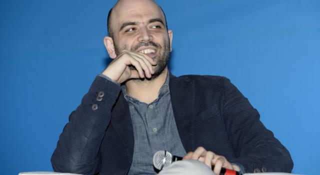 Quello che non sai su Roberto Saviano: la vita sotto scorta e…