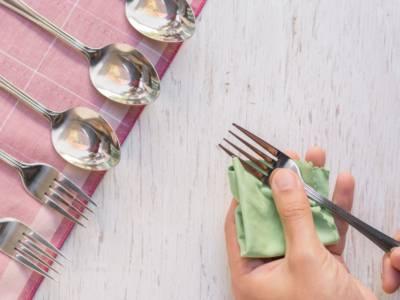 Come pulire l'argento? I rimedi naturali contro ossidazione e annerimento