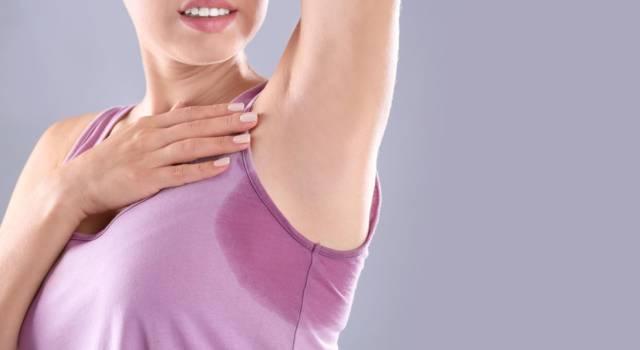 Sudorazione eccessiva: le cause e come combattere l'iperidrosi