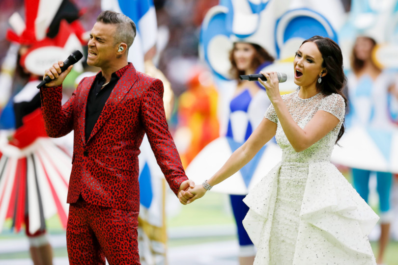 AIDA GARIFULLINA e ROBBIE WILLIAMS