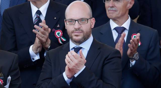 Lorenzo Fontana, il ministro del Governo Conte e del botta e risposta con Tiziano Ferro!