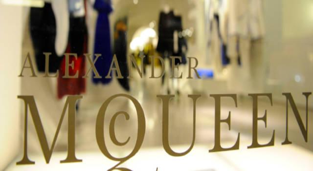 Tutto su Alexander McQueen, lo stilista adorato dalle celebrità