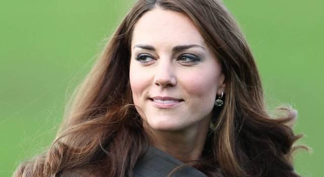Kate Middleton risplende ai Bafta col suo abito bianco