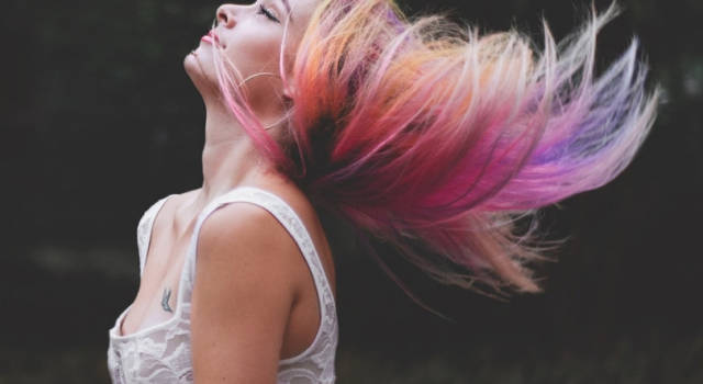 Rainbow Balayage: l'hair trend dei colori pastello di Guy Tang