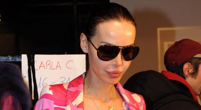 """Nina Moric: """"Sono ai domiciliari"""". Su Instagram l'ultima provocazione"""