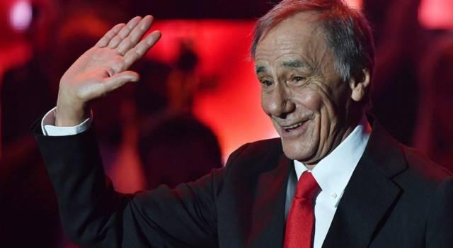 Chi è Roberto Vecchioni: l'insegnante di liceo diventato cantautore
