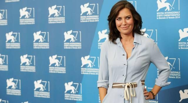 La TV delle ragazze l'ha resa nota al pubblico italiano: ecco chi è Sabina Guzzanti!