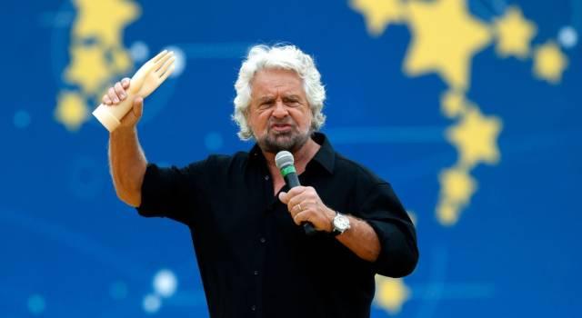 """Paolo Del Debbio contro Beppe Grillo: """"Sei un poveretto"""""""