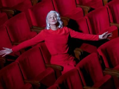 Chi è Drusilla Foer? 5 curiosità sulla raffinata nobildonna e sul suo… alter ego!