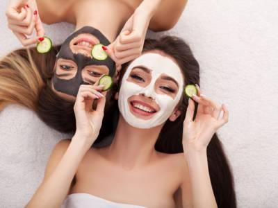 Maschera purificante per il viso: 3 ricette fai da te