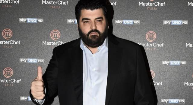 Chi è (davvero) Antonino Cannavacciuolo: tutto su uno degli chef più amati in Italia