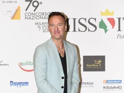 """Francesco Facchinetti furioso: """"Voglio denunciare mio padre perché…"""""""