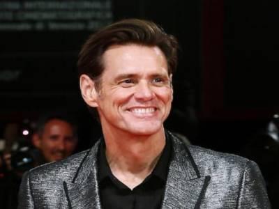 Jim Carrey contro Alessandra Mussolini su Twitter!