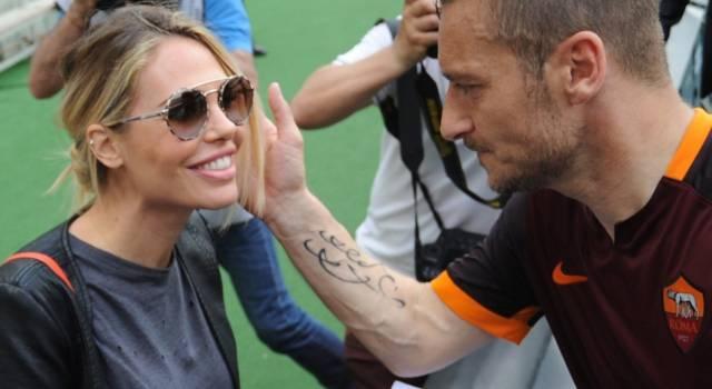 "Ilary Blasi e Totti in crisi? Lei: ""Non ci baciamo mai…"""