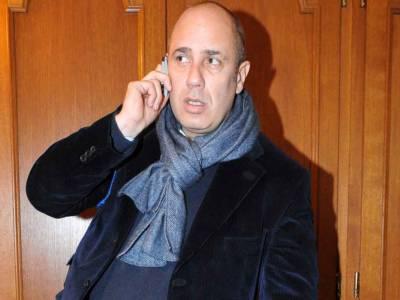 Scrittore, sceneggiatore, regista e autore televisivo: ecco chi è (realmente) Federico Moccia!