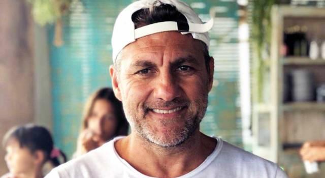 Christian Vieri in vacanza con la figlia: papà alle prese con la piccola Stella