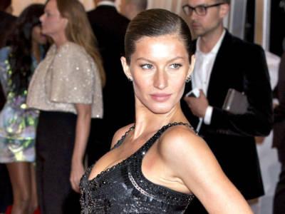 Gisele Bündchen è un dea (dell'alta moda), ma avete mai visto sua sorella gemella?