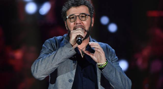 Chi è Paolo Vallesi, il cantautore che ha raggiunto il successo nel 1992 con La forza della vita