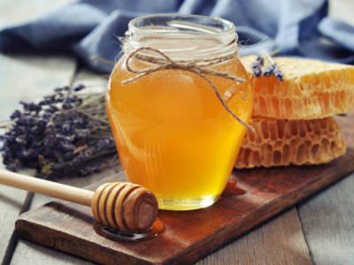 In forma con la dieta del miele: si perde fino a 1 kg a settimana!
