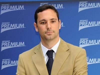 Chi è Francesco Vecchi: le curiosità sul giornalista e conduttore tv di Mattino Cinque