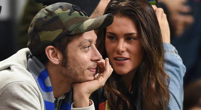 Valentino Rossi e Francesca Sofia Novello: le vacanze in barca da futuri genitori
