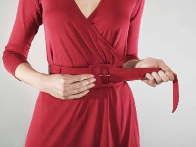 Se vuoi vestirti di rosso a Natale, devi conoscere queste regole
