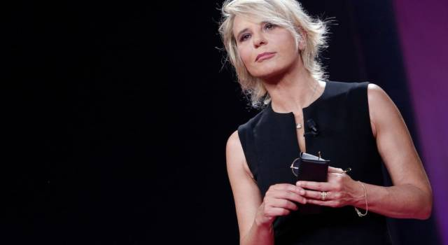 De Filippi, Costanzo e quel terribile attentato: salvi grazie a…