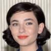 Lo stile di Matilda De Angelis, un'attrice in grande ascesa