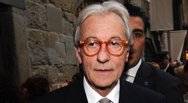 Sapevi che Vittorio Feltri ha iniziato a lavorare come impiegato pubblico?