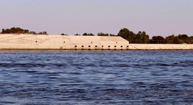 Che cos'è il Mose: l'opera pensata per difendere Venezia dall'acqua alta