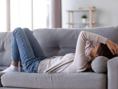 Sei sempre stanca? Impariamo a riconoscere la stanchezza cronica (e a combatterla)