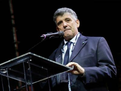 Chi è Pietro Bartolo: la storia del medico di Lampedusa