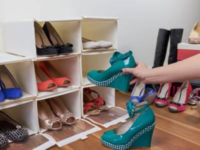 I trucchi più efficaci per pulire la scarpiera ed eliminare i cattivi odori