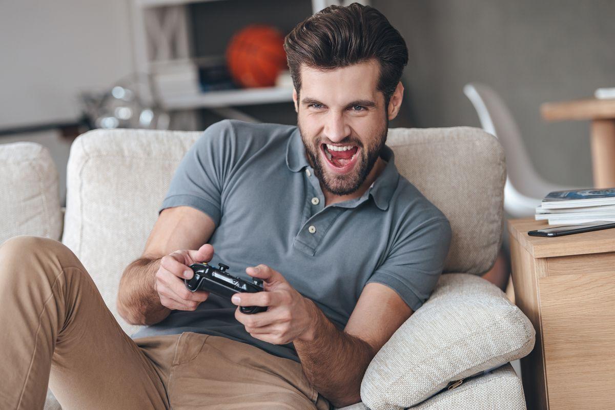 Uomo Videogiochi