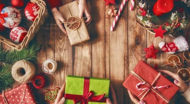 Regali solidali di Natale: ecco le migliori idee per le Feste
