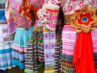 """Folk, lo stile etnico che conquista i cuori delle """"fashioniste"""""""