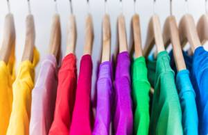 Vestiti colorati