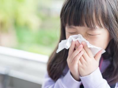 Influenza stagionale o Covid? Ecco come distinguere i sintomi dei bambini