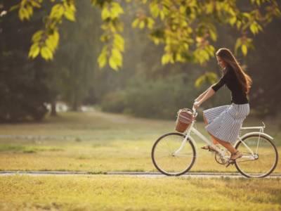 Pedalare fa bene: 5 buoni motivi per andare in bicicletta