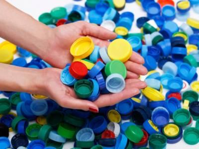 Riciclare i tappi di bottiglia: idee semplici e creative