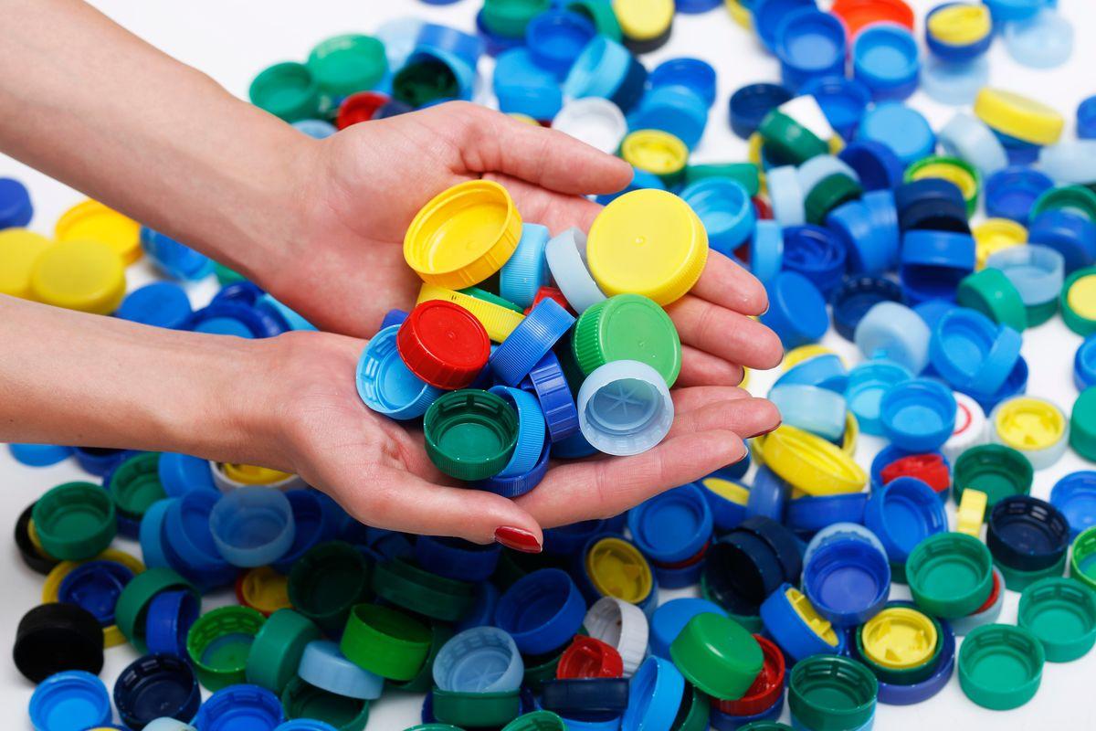 Tappi di plastica
