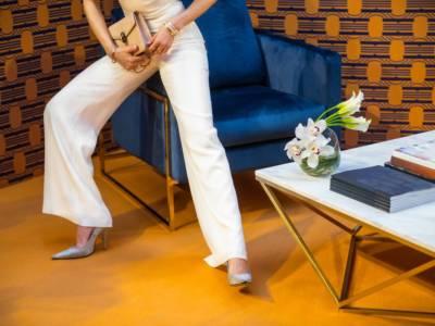 Gambe più lunghe con i pantaloni giusti: ecco cosa scegliere!