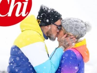 Diletta Leotta e Daniele Scardina non si nascondono più: baci sulla neve
