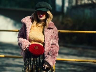 Il cappotto oversize fa tendenza nel 2021: dalla Paris Fashion Week spazio al puffy
